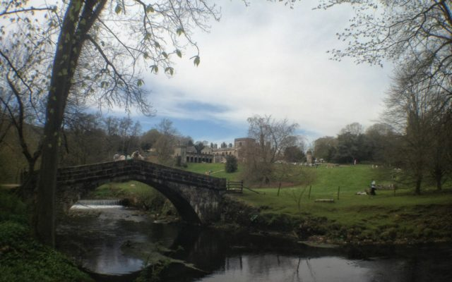 Peak District: Easy Ilam Circular Walk