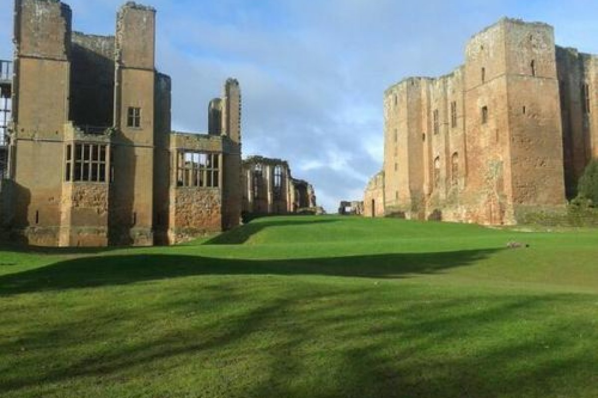Kenilworth Castle Feb 2014
