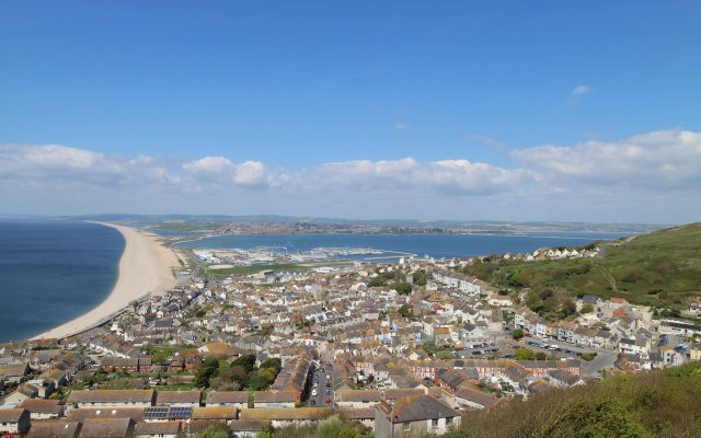 The South West Coast Path: Lyme Regis to Portland