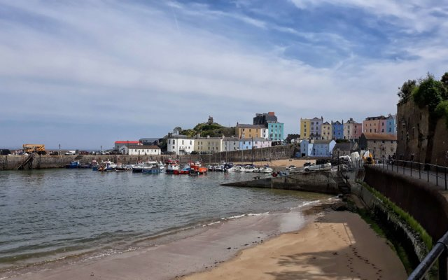 Things to do near Bluestone: Tenby